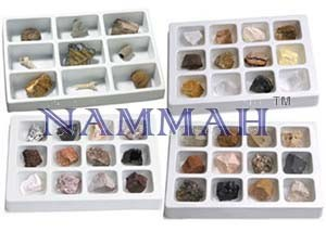 SET OF ROCKS AND MINERALS SET